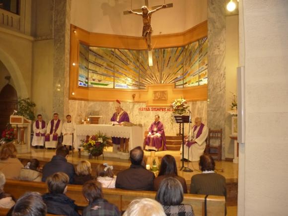 La parroquia inicia su actividad en las RR. Esclavas