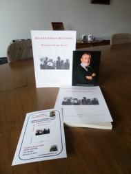 Acto de presentación de su libro y foto