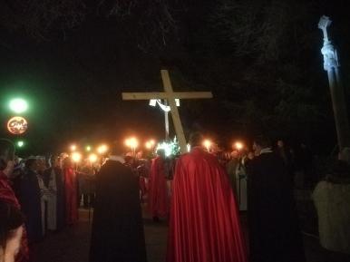 Via Crucis lunes Santo