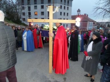 Crucis (1)